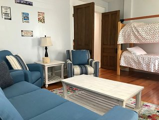 Book with Us - 1 Mile from Downtown