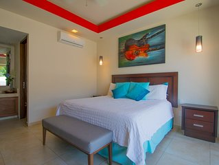 Modern and spacious condo V******* in the Romantic zone of Puerto Vallarta!