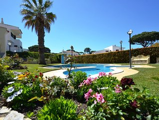 Magnificiant 4 bed room Vila Vilamoura -Private Pool -Free WIFI