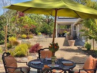 Eastside Sonoma Private Garden Cottage 5 Minutes to Plaza and Wineries