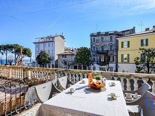 Appartamento con due camere, due bagni, vista lago in pieno centro a Desenzano