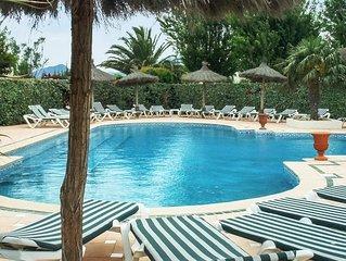 Joli apt avec accès piscine and Wifi