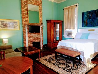 1839 Victorian Private Large Room Sleeps two Garden District.