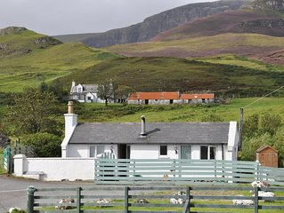 A Cosy Detached Pet Friendly  Cottage Near The Quiraing And Beach
