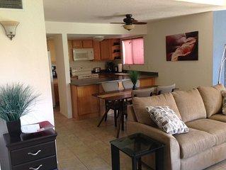 Spacious ground floor condo, Catalina Foothills near Sabino Canyon Park