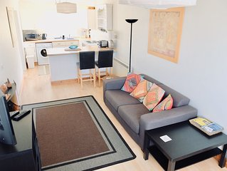 One bedroom 1st floor apartment with balcony and close to the beach and town