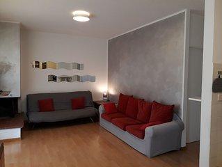 Confortevole appartamento con giardino  a Garda