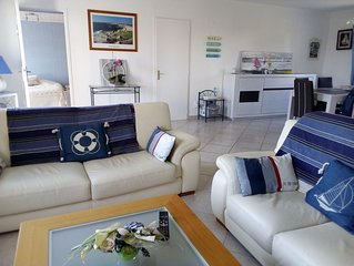 Loctudy: Holiday Bungalow 200 m from the beautiful beach of Lodonnec