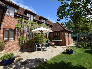 Garden Flat -  comfortable cottage for two close to Chichester and Goodwood
