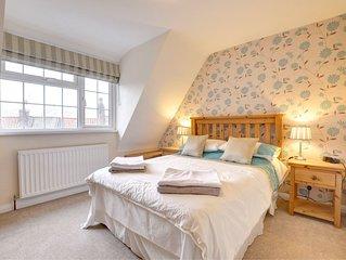 Chapel Gate Cottage - Three Bedroom House, Sleeps 4