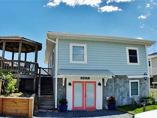 SEAWORTHY: 4 BR / 2 BA oceanfront, private gazebo, Topsail Beach, Sleeps 10