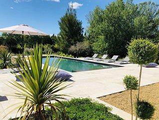 Magnifique villa-Climatisée. Vue Alpilles, gde piscine, 4'Saint Remy Provence