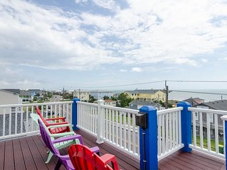 Amazing ocean views from this duplex with sun bathing rooftop deck