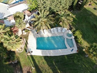 Resort with Pool and Gardens (2 Hectares). WiFi: now with blasting 6Mps,