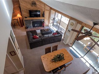 Large spacious unit with short walk to lifts, outdoor hot tub, free wifi, & park