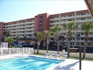2bed/2bath Beach Front condo. UpDated Kitchen!!!! Beach Service Included!!