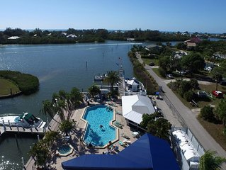 Beautiful Water view Marina side, Nice condo with access to pool,  A1115MB