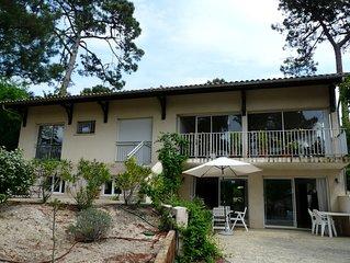 Vaste appartement très calme, tt confort, 200m de la plage, 2 grandes chambres.