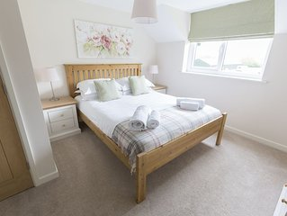 NEW Cottage with Pool, Sauna, Gym & Tennis Courts perfect for exploring Norfolk!