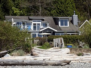Beach house Gibsons Fantastic beach house cozy storm watching Nov Special deals