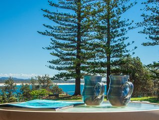 Perfectly Positioned Beachfront Apartment - great location with ocean views
