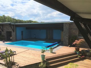 GÎTES 23M2 avec terrasse, accès piscine et sauna