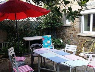 Maison calme avec jardinet  St-Malo plages et intramuros a pieds