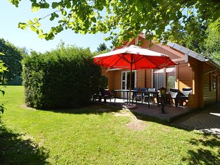 A wooden chalet located in a quiet and green environment, for 5 people