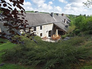 A pretty, warm and authentic house with a beautiful garden close to Durbuy