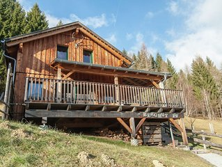 Tastefully decorated wood fired chalet, beautifully situated on the edge