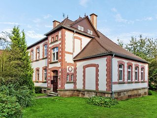 Former village school and vicarage - stylish group house near the Sauerland