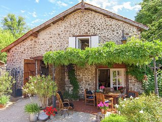 Detached, romantic cottage with communal swimming pool, terraces and large garde