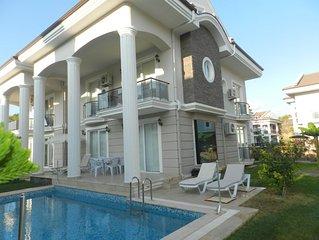 Villa Beach Breeze E2 4 Bedroom Private Villa. With private pool & garden an