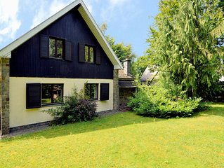 Lovely detached house in quiet area with very spacious garden, terrace and WiFi
