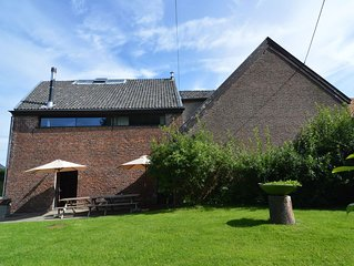Spacious house in a farm, located in the bucolic region of Voeren