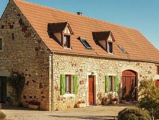 Rural detached holiday home with garden and magnificent view in France