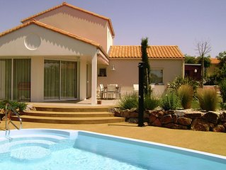 Villa 6 people with private swimming pool at Les Jardins du Chateau d'Olonne in