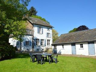 Quiet cottage in Roumont