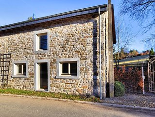 Beautiful, fully renovated house with sauna, Jacuzzi and covered terrace