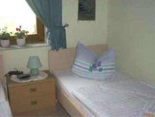 Ferienwohnung Obernaundorf für 4 Personen mit 2 Schlafzimmern - Ferienwohnung