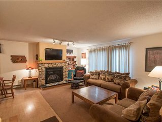 Nice Ski-in/Walk-out condo, sleeps 8, outdoor hot tub, free wifi, & parking.