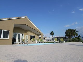 Your own Private Gulf Coast Get-A-Way with an Awesome Pool on the Canal!