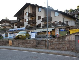 Apartment in Cavalese center, 900m from the ski slopes