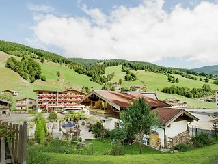 Nice holiday home in Saalbach, only 100 metres from the piste