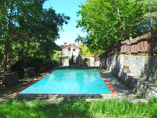 Holiday Home in Migliorini with Pool & Garden