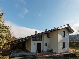 Detached holiday home on 1000m2 of land with comfort, privacy and a large garden