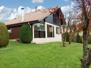 Large and cosy chalet, beautiful surroundings.