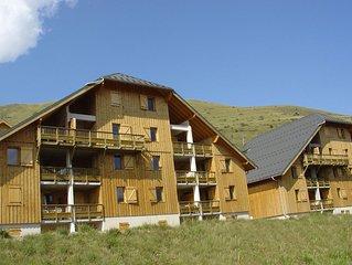 Apartment (52-54 m) sleeping 6 to 8.
