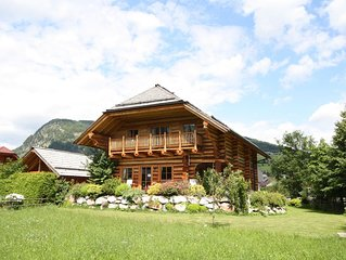 Unique log cottage with in-house wellness, centrally located in Lungau valley.