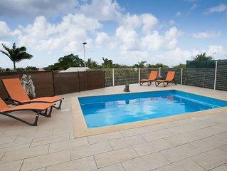 VILLA CARAIBES avec piscine privee a 3 min de plage Corps de Garde